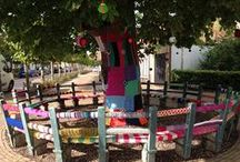 Yarnbombing / Trees surrounded by knits