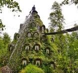 Unique hotels in the world / The worlds' most unique hotels including the airplane hotel in Costa Rica and he Shoe House in New Zealand.