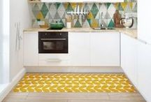 Vintage Kitchen / Retro prints, mid-century furniture and period pieces can help you add to the individualism of your new Virtu kitchen.