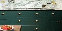 Colour Trend: Green and Gold / Emerald greens paired with accents of gold create an opulent colour scheme in your kitchen. Dark and moody hunter green creates a more traditional feel, which can be lifted in places with gold or brass.