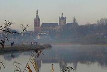 's-Hertogenbosch / Bord over de mooie stad 's-Hertogenbosch. Ook bekend als Den Bosch.
