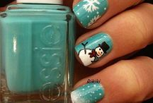 Nails / Beautiful nail art, which I never can have! (Because of short nails that is...)
