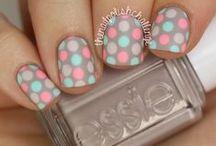 Nail Art / Fashionable nail art, popular pattern and colors.