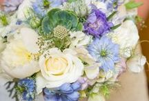 Wedding Bouquets / Wonderful wedding bouquets for inspiration on your wedding and beautiful jewelry pieces to match.