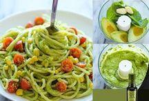 Recepten avocado olie / Heerlijke en gezonde recepten met MIRA avocado olie, zowel voor warme als koude gerechten.