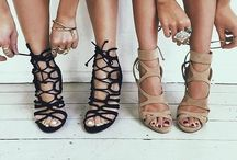 Shoes / Give a girl the right shoes, and she can conquer the world - Marilyn Monroe