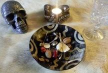 Bones and Other Small Items / Bone Divination Sets