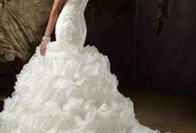 #Find & Sell  Bridal, Matric, Evening Wear, Handbags, Shoes, Jewels & Accessories / Find & Sell your gently used bridal, matric & evening wear,  handbags, shoes, jewels & accessories. Here and on our Facebook page and website. #wedding #dress #matric #dance #used #preowned #southafrica www.findit4women.co.za