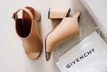 Shoe Closets... Never BIG enough! / Our collections of shoes <3