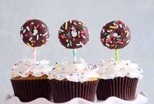 C U P C A K E S / Who doesn't love cupcakes?! And who knew there were so many?! / by Taylor McKenna