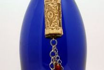 bottle and cork crafts / Great ideas for up cycling bottles and corks!