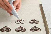 Fantasie con il cioccolato / In questa bacheca potrete notare le varie tecniche e le varie fantasie create con il cioccolato e  altro!