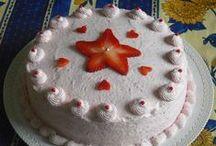 Torte con la panna / Ci saranno tante buone torte guarnite con la panna facili da fare