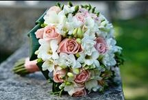 Wedding Flowers / Beautiful bouquets and gorgeous floral decor ideas for your wedidng day - find your wedding flowers in this board!