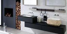 Mobiliario de baño vanguardista GAMADECOR / Gamadecor presenta muebles de baño de diseños minimalistas, de líneas rectas e infinidad de acabados disponibles, tanto chapas de madera natural, como lacados brillo o mate, como en laminados. Los muebles de baño de vanguardia de Gamadecor se caracterizan por la sencillez en el diseño de interiores. Espacios simples, limpios y naturales hacen del baño un espacio cálido y acogedor.