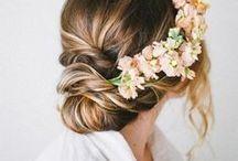 bride & bridesmaids hairstyle / so many lovely ways to style your hair - for the bride and her bridesmaids ♥   wunderschöne ideen und frisuren für die braut und ihr brautjungfern