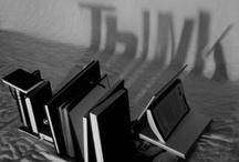 De Libros y Bibliotecas / by FJ A