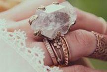 J E W E L S / Jewelry