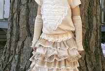 Ruhák / Clothes / Dresses