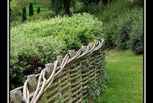 pergolagångar, växtstöd, plank och  staket