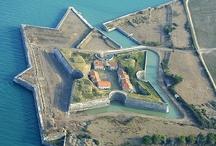 Patrimoine historique de l'île / L'histoire de l'île de Ré est longue et riche en événements, apprenez en davantage sur le Guide de l'île de Ré de easy-Ré.com