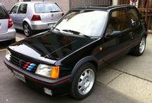 Peugeot 205 / Fotografie riguardanti il mito delle Berlinette sportive anni 80 La 205 GTI