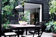 Garden | Outdoor entertaining / Patios, courtyards, outdoor fireplaces, poolside retreats, gorgeous gardens and more...