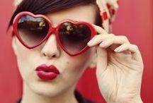 Rockabilly fashion / Le rockabilly ne nous quittera jamais...Accessoires, bijoux, photos vintage et coupes de cheveux à vous faire hérisser les bigoudis!
