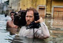 Steve Mc Curry / Ho imparato a essere paziente. Se aspetti abbastanza, le persone dimenticano la macchina fotografica e la loro anima comincia a librarsi verso di te. (Steve McCurry)
