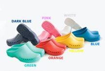 ANTISTATIC & AUTOCLAVABLE HOSPITAL CLOGS / ANTISTATIC, ANTIBACTERIAL AND AUTOCLAVABLE HOSPITAL CLOGS WITH BLISTERED INNER SURFACE FOR OPERATING THEATRE