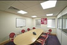 LED Office Enhancement / Jennings, a property management company that owns and manages a number of business parks in South Oxfordshire, has refurbished Hampden House, its serviced office building on Monument Park, Chalgrove, utilising energy-efficient LED lighting supplied by Zeta Specialist Lighting.