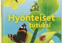 Lasten luontoretkille / Lähde lasten kanssa luontoretkelle! Lasten Oman Kirjakerhon verkkokaupasta löydät kaikkea kivaa luontoretkiin. Reppuja, eväsrasioita, luontokirjoja ja muuta tarvittavaa hauskoihin hetkiin luonnonhelmassa sekä kirjoja kotiin tutkittavaksi.