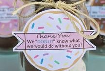 Special Day Crafts & Gifts / Art and craft ideas for special days, such as Mother'sDay, Father's Day, Grandparent's Day, etc.