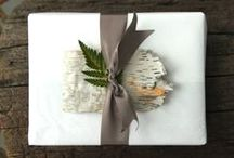 Gift Wrapping Inspiration / Curated by Melinda McKee | Founder, Memento & Muse