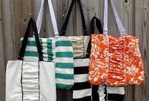 Tote Bag Sewing Patterns / Love to sew tote bags? These patterns will inspire you! More at www.Bags-to-Sew.com