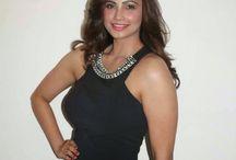 Daisy Shah / Bollywood Star