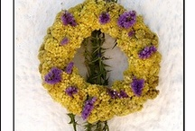 Wreaths / for all seasons, with all materials