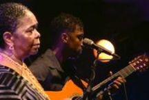 Músicas dos PALOP e de Timor-Leste / Música dos Países Africanos de Língua Oficial Portuguesa (Angola, Cabo Verde, Guiné-Bissau, Guiné Equatorial, Moçambique e São Tomé e Príncipe) e de Timor-Leste