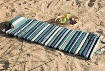 Prenez le large ! / Plein air, robes de plage, foutas, l'air des vacances souffle sur le beau linge !