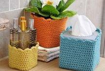 Tricô e Crochê / Peças em tricô e crochê para vestuários e também na decoração.