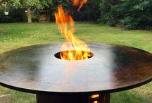 Fire Plate / Fire Plate, Cappa, Plancha, Tapanyaki, überall auf der Welt wird auf Metallplatten gegrillt. Eine urige Art zu Grillen mit offenem Feuer und Rauch-Aromen und vielfältigen Möglichkeiten