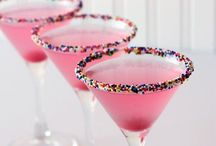 Bottoms up / Alcohol and non alcohol drinks you can make!  / by Lillian Tevere