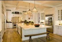 Kitchen Love / Carter's Furniture Midland, Texas  432-682-2843 http://www.cartersfurnituremidland.com/