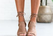 Footwear //