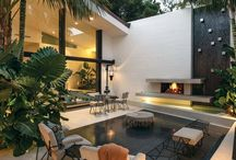/Tropical beach house