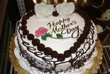 Mother's/Father's Day / Mother's day at La Guli Pastry Shop is a timeless tradition for generations... Your mom will be very happy with a cake from here... All these cakes can be done for Dad also...