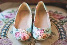 Women's Shoes: Flats
