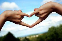 Amor / O Amor é o melhor presente que se pode compartilha.