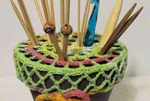 Tejidos a Crochet / Del Arte de tejer todo tipo de prendas adjuntando sus respectivos esquemas.