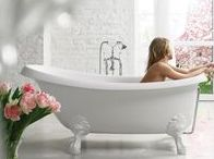 Stone Bathtubs / Crafted from a cutting edge stone composite, EcoMarmor™ classic bathtubs combine the beautiful high-gloss white look of ceramics, with the superior technological and light weight qualities of composite materials.